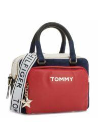 Tommy Hilfiger Aw0Aw05722 901 bőr táska