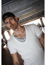 Antony Morato MMKS00140 1001 Férfi szaggatott dupla póló