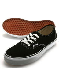 Vans Authentic vn-0 ee3blk fekete vászoncipő