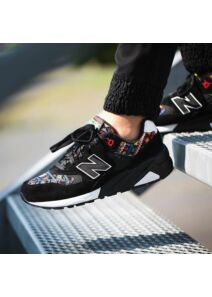 New Balance Női fekete utcai cipők