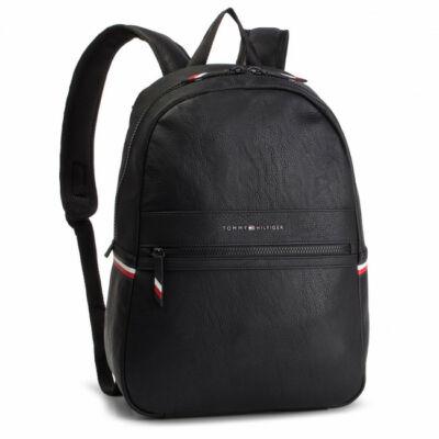 Tommy Hilfiger AM0AM04620 002 Férfi fekete hátizsák